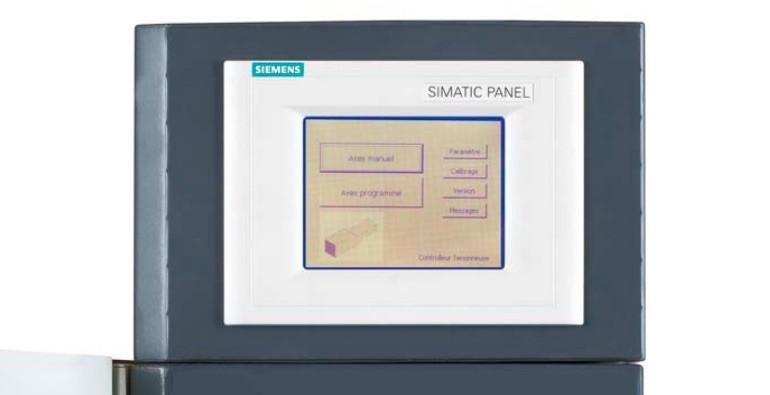 Commande numérique Siemens de un à huit axes, 99 programmes et écran tactile. Pointage de une à 15 secondes. Priorité a été donnée à la simplification d'utilisation. (en option).