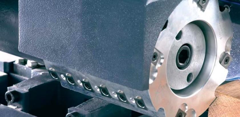 Outils des dérouleurs à plaquettes : facilitent l'aspiration des copeaux avec moins de puissance moteur consommée. Lèvre pour des bois courts. (en option).